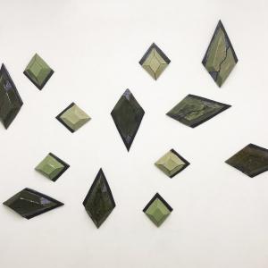 arrangement of diamond shapes